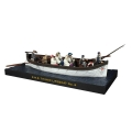 BR62001 RMS Titanic Life boat No 6 with 10 figures
