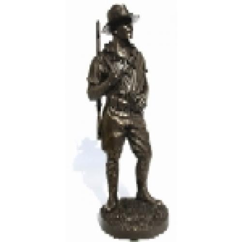 AL106 ALH Trooper Mounting Up (Black Horse Version)