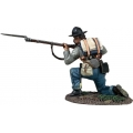 BR31267 Confederate Infantry Kneeling Preparing to Fire