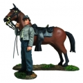 BR31270 Pre Order Confederate Orderly Holding Horse