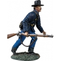 BR31343 Federal in Sack Coat and Felt Hat Advancing at Trail