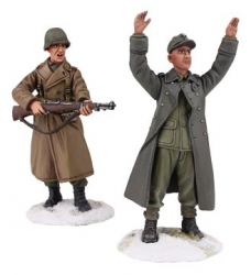 BR25034 US Airborne Infantry in overcoat, Winter 1944-45 #1