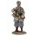 BR25038 German Fallschirmjager with MP-40 #1