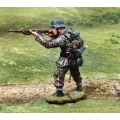 CS000804 Waffen SS Firing