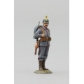 GW076C German Artillery Parade Soldier Looking Right