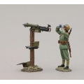 GW083B German Infanteer with Maxim Machine Gun - helmet